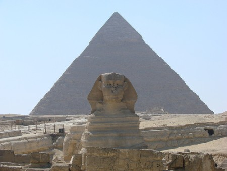 SphinxandPyramidwatchsmartflickr (450 x 338)