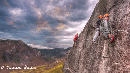 via ferrata Tourisme Quebec